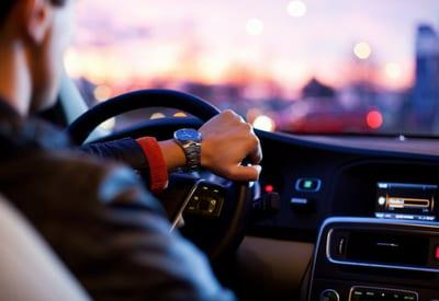 Guide achat voiture : 5 éléments à considérer avant l'achat d'un véhicule neuf ou d'occasion