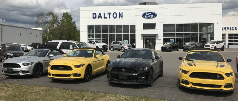 Vous êtes à la recherche d'une Ford Mustang GT convertible à vendre pas cher?